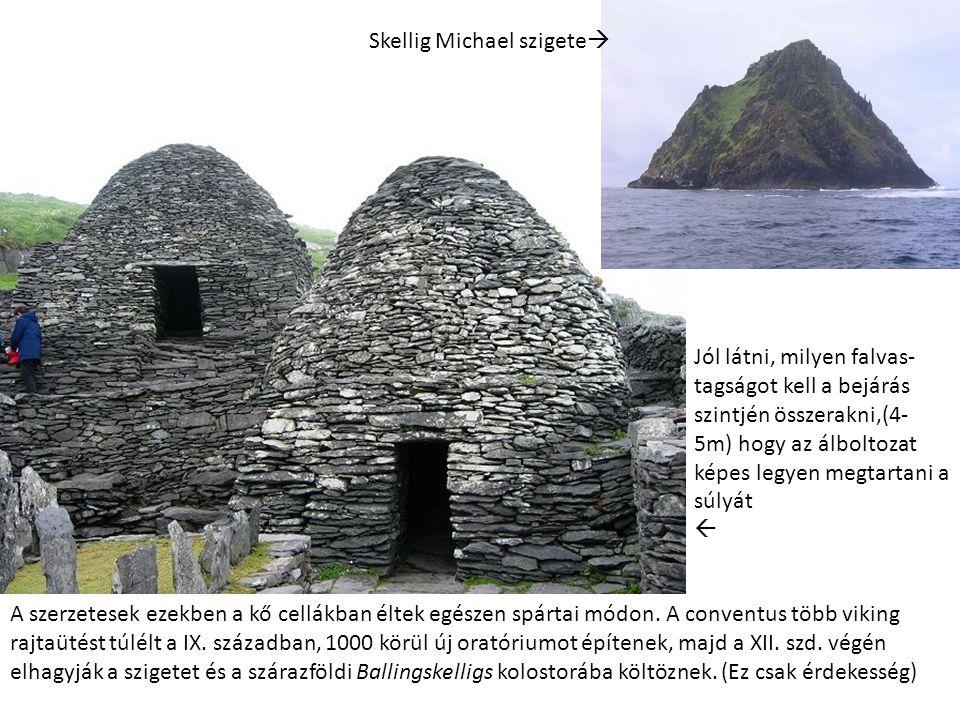 A szerzetesek ezekben a kő cellákban éltek egészen spártai módon. A conventus több viking rajtaütést túlélt a IX. században, 1000 körül új oratóriumot