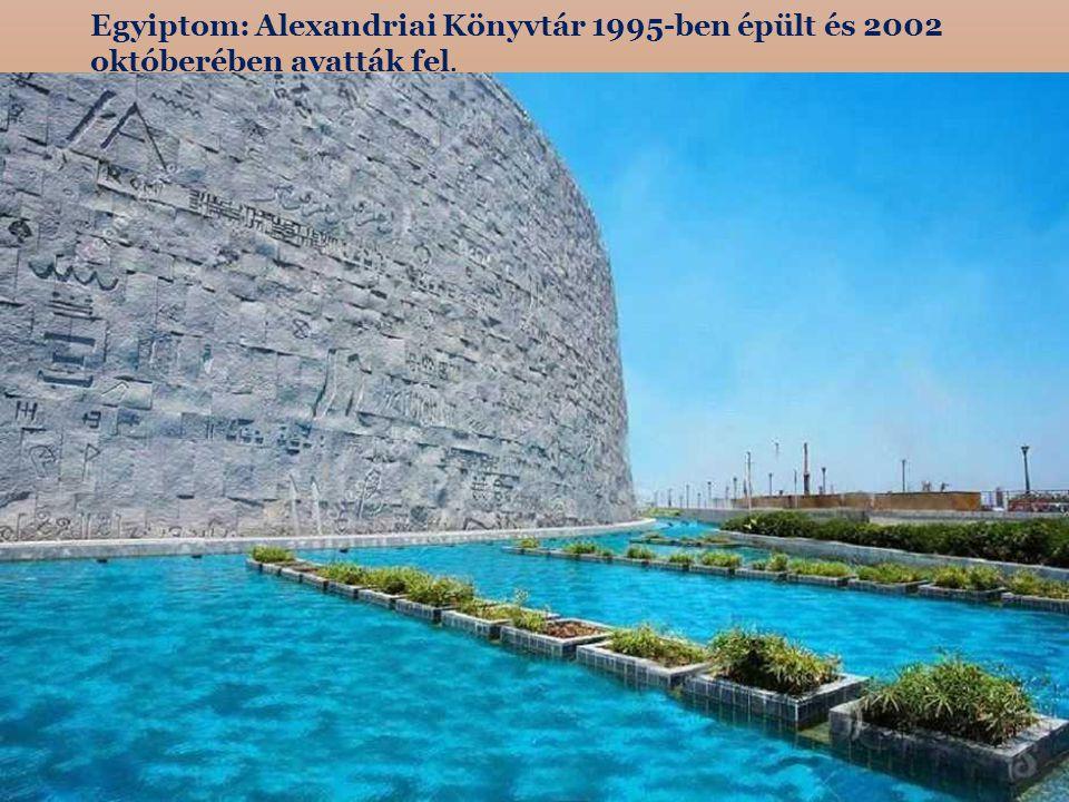 Ai-Petri hegy 1230 méter magas, amely a Jaltai régióban található a Krím-félszigeten.