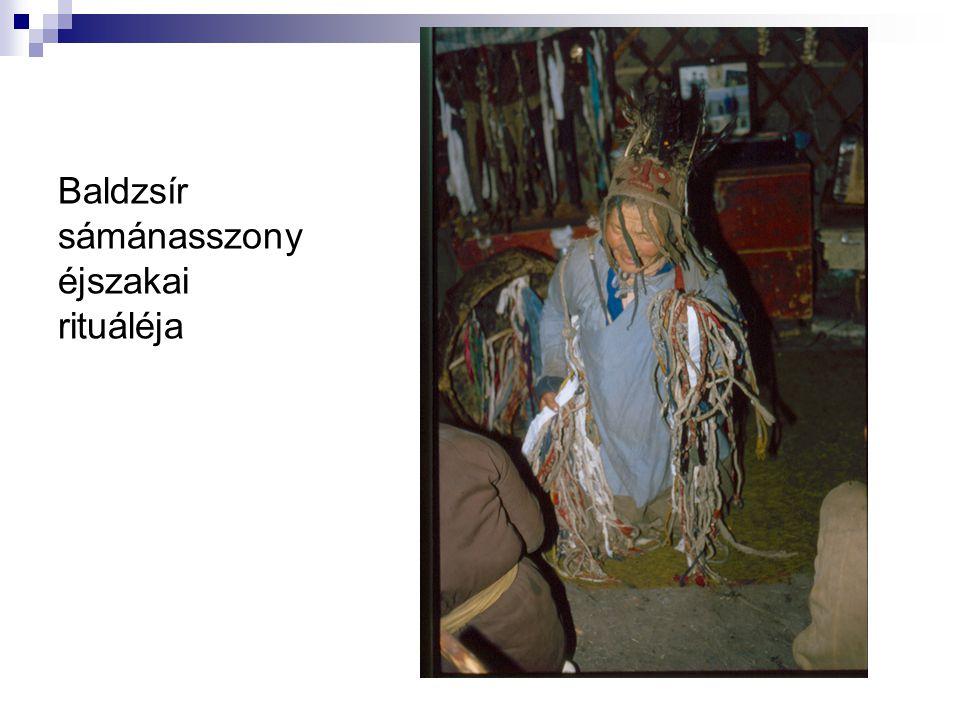 Baldzsír sámánasszony éjszakai rituáléja