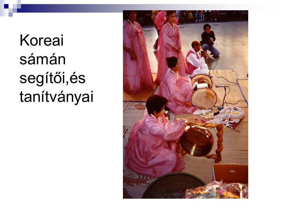 Koreai sámán segítői,és tanítványai
