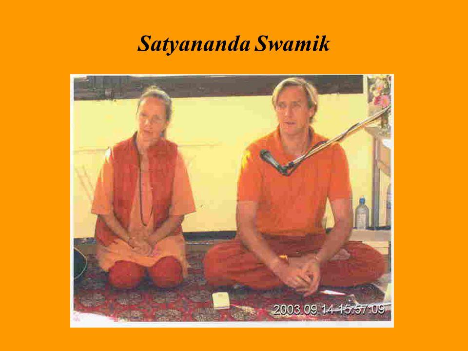 A jóga tehát nemcsak azt jelenti, hogy fizikailag ászanákat gyakorlunk, hanem a jóga tudatosságot, tudatosítást is jelent.