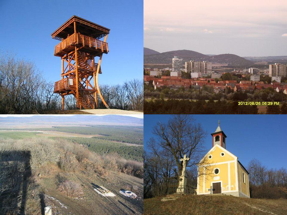 Bánd Veszprémtől nyugatra (12 km), Herendtől keletre (4 km) fekszik.