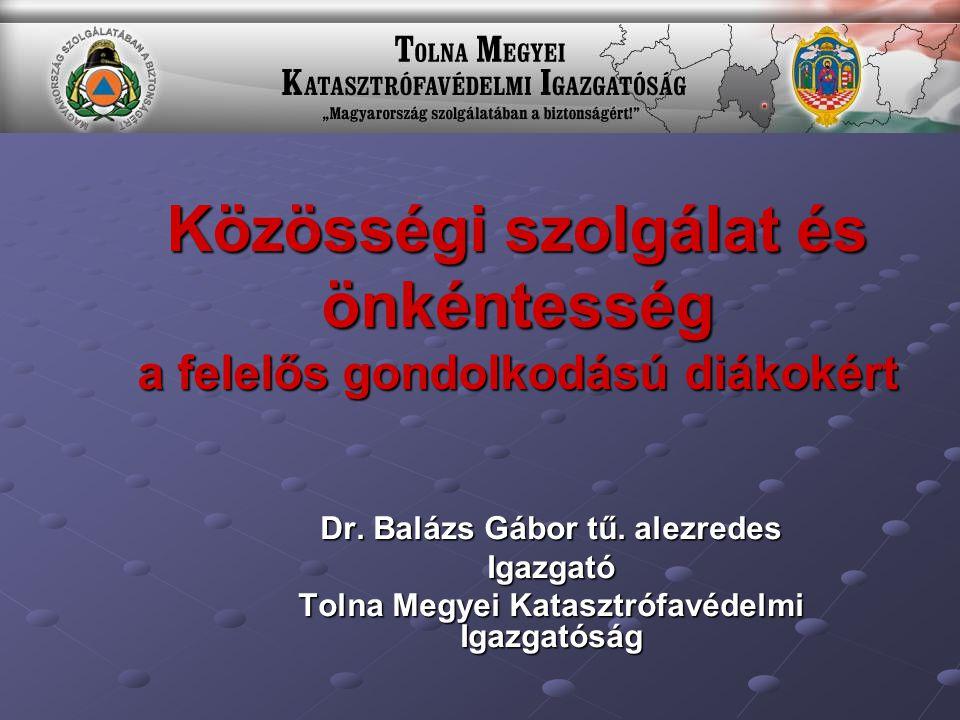 A közösségi szolgálat Magyarországon A közösségi szolgálat Magyarországon a nemzetközi érettségivel összefüggésben 20 éve, a Waldorf-pedagógiát követő számos intézményben és ennek nyomán a 12.