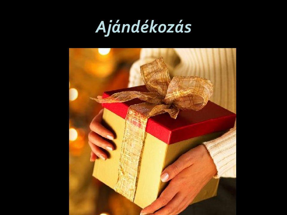December 24.estéjén ajándékozzák meg egymást a családtagok Magyarországon.
