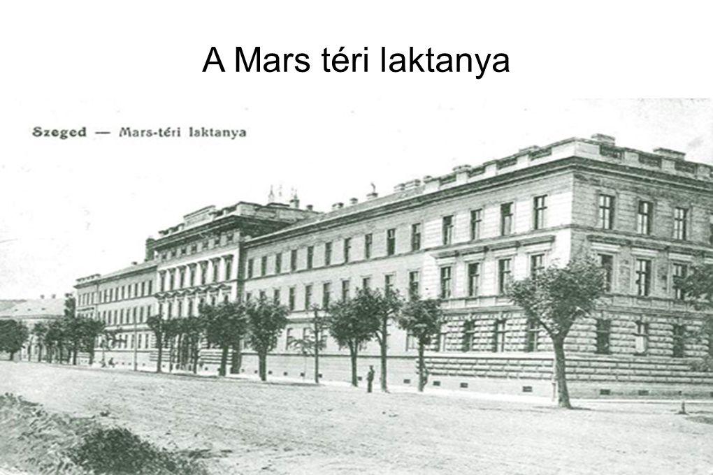 A Mars téri laktanya