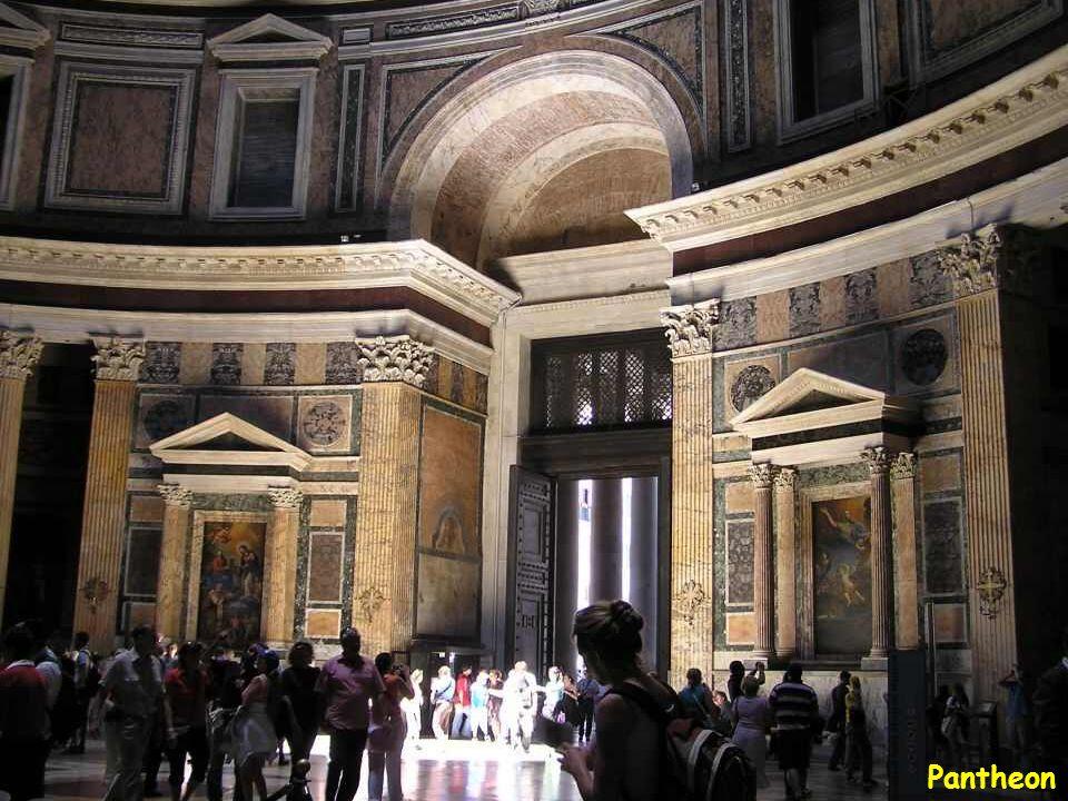 Pantheon-Hadrianus császárnak tulajdonítják