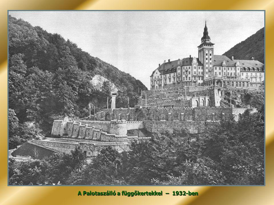 A Mátyás korabeli vadászkastélyt utánzó stílusban 1927-30 között épített neoreneszánsz kastélyt függőkert és park veszi körül.