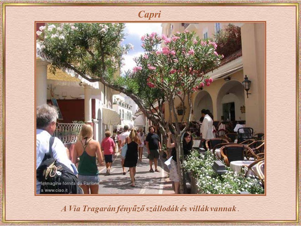 Capri Via Krupp a sziget csúcsáról egészen a tengerpartig kígyózik, több mint egy kilométer hosszan. A 19. század végén építtette Friedrich Alfred Kru