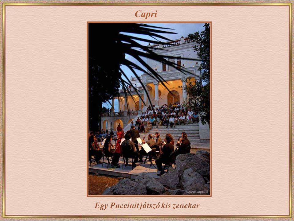 Capri Casa Malaparte – A Capri-sziget keleti oldalán Curzio Malaparte olasz újságíró építette meg 1937-ben Adolfo Amitrano, egy helyi kőfaragó segítsé
