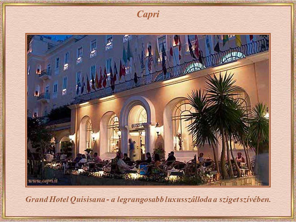 Capri Egy Puccinit játszó kis zenekar
