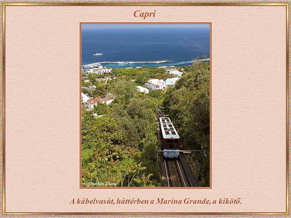 Capri Kilátás a Piazzattáról