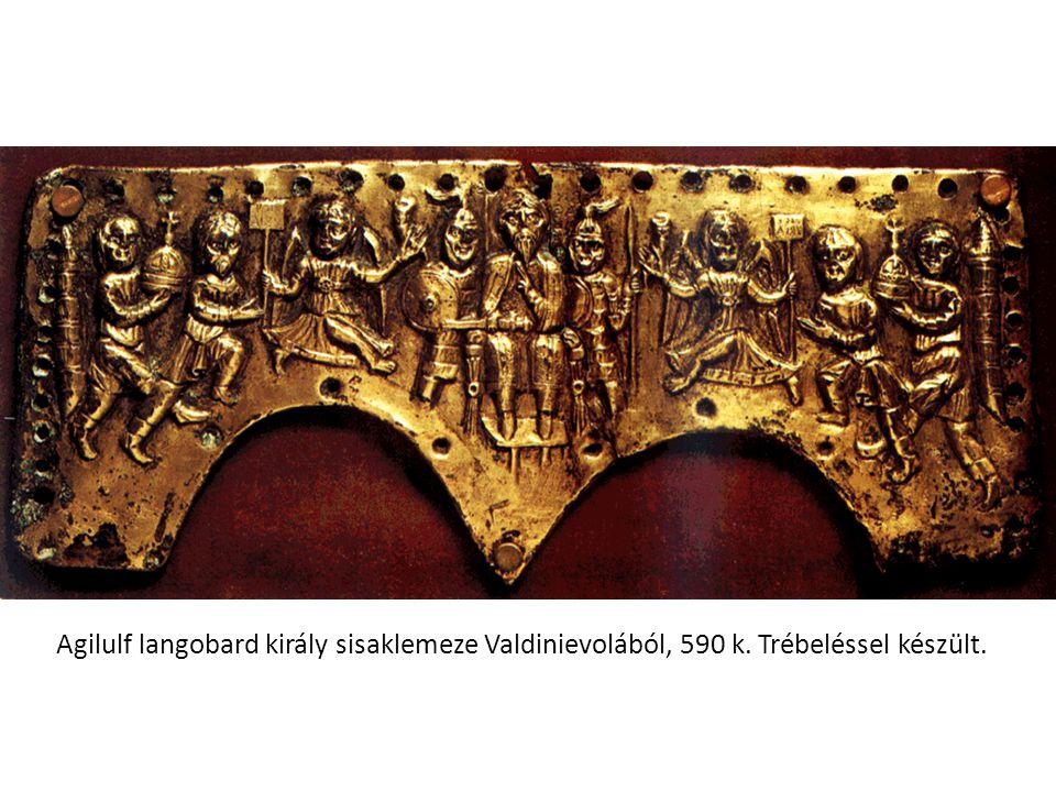 Agilulf langobard király sisaklemeze Valdinievolából, 590 k. Trébeléssel készült.