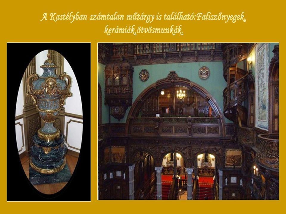 ,. A kastély neoreneszánsz stílusú és Románia egyik legfontosabb történelmi jellegű műemléke.A kastély belső kialakításában az olasz és angol reneszán