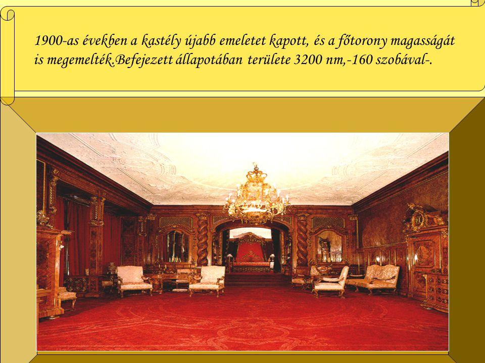 Megtalálhatóak még XVI.-XVII. századi eredeti színes svájci ablaküvegek,