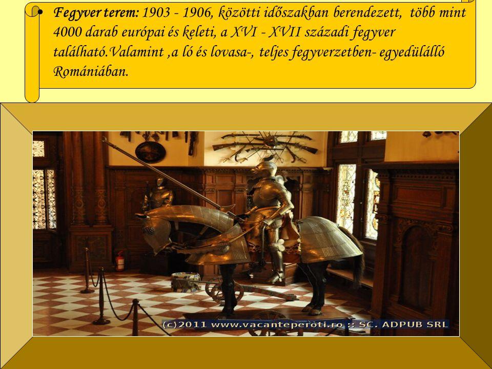 Királyi Könyvtár :amelyben különösen ritka könyvek találhatók bőr borítással és arany domborított betűkkel.