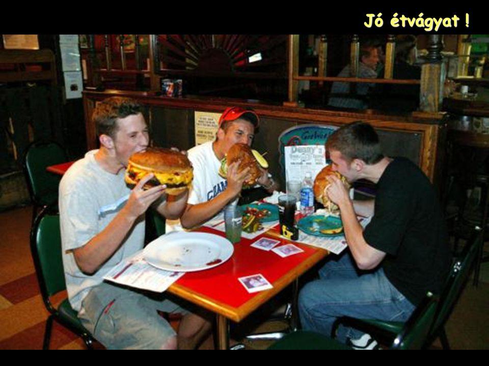 """A hamburger egy Láb, az az 12"""" (30 cm.) átmérőjű !"""