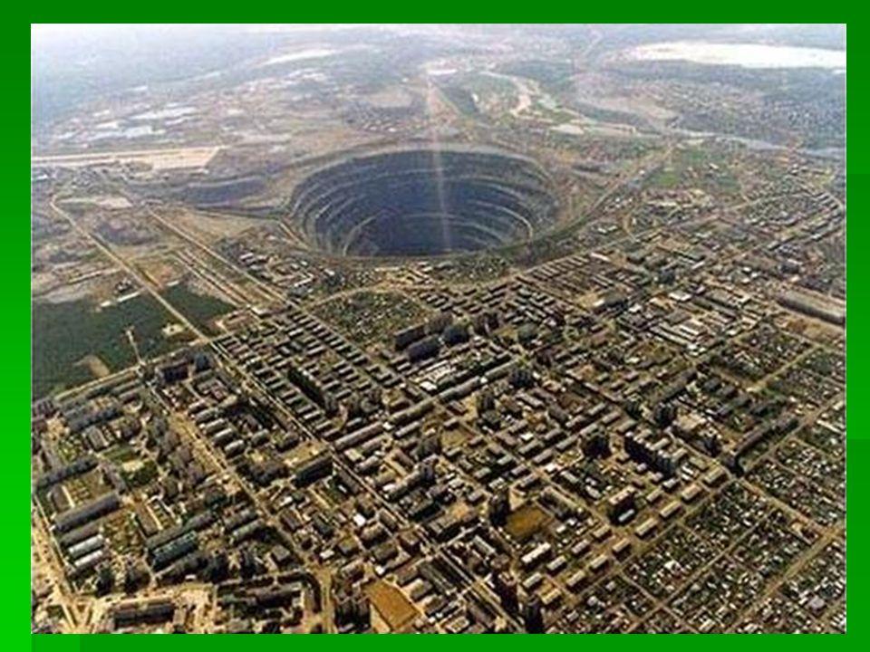 Mirny Gyémántbánya Szerbia  Bizonyára sokan ismerik ezt a képet a világ legnagyobb gyémántbányájáról.