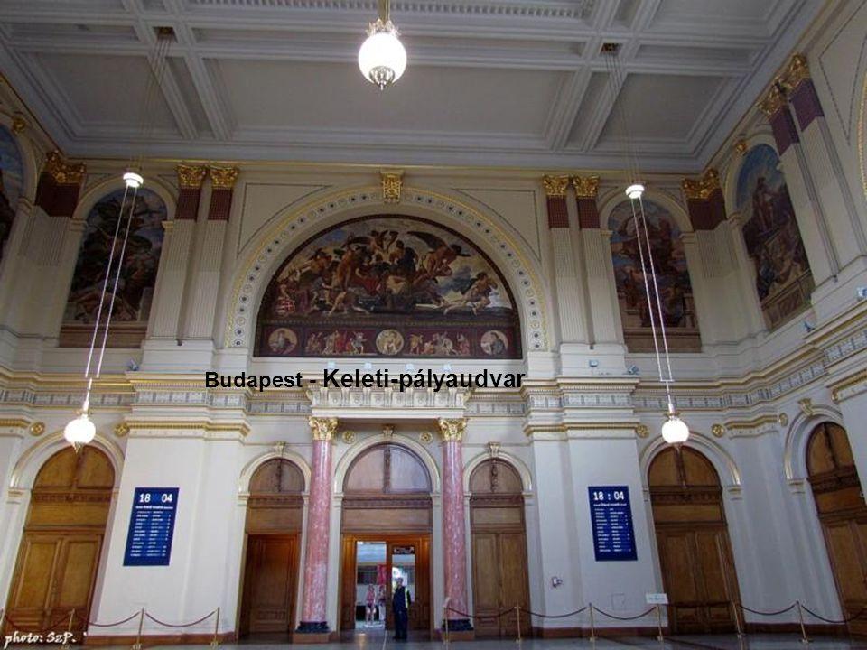 Pécsi székesegyház számára, majd hasonló stílusban a Magyar Tudományos Akadémia secco-tempera faliképeit alkotja meg.