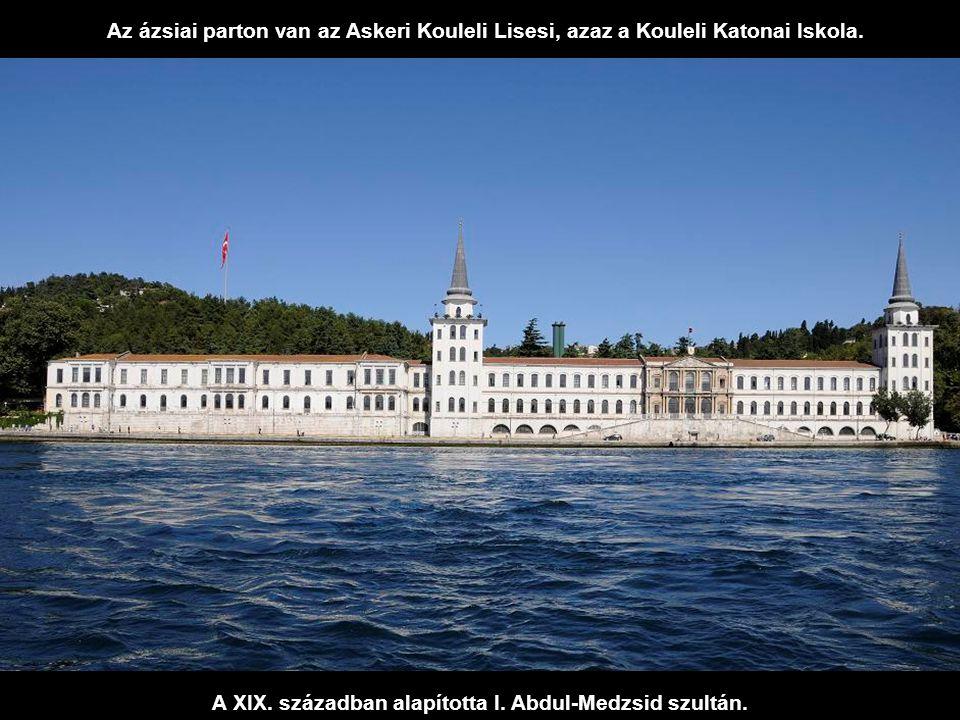 A kis Galatasaray-sziget, más néven Kuruçeşme Adasi közvetlenül a Galatasarayi Klub mellett található. Rajta sportlétesítmények, éttermek, uszodák stb