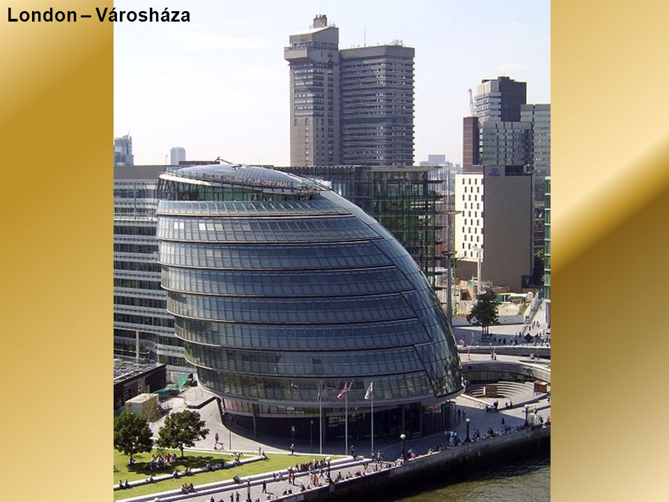 London – A jellegzetes emeletes buszok és a taxik.