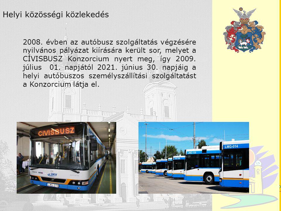 Debrecen Helyi közösségi közlekedés 2008. évben az autóbusz szolgáltatás végzésére nyilvános pályázat kiírására került sor, melyet a CÍVISBUSZ Konzorc