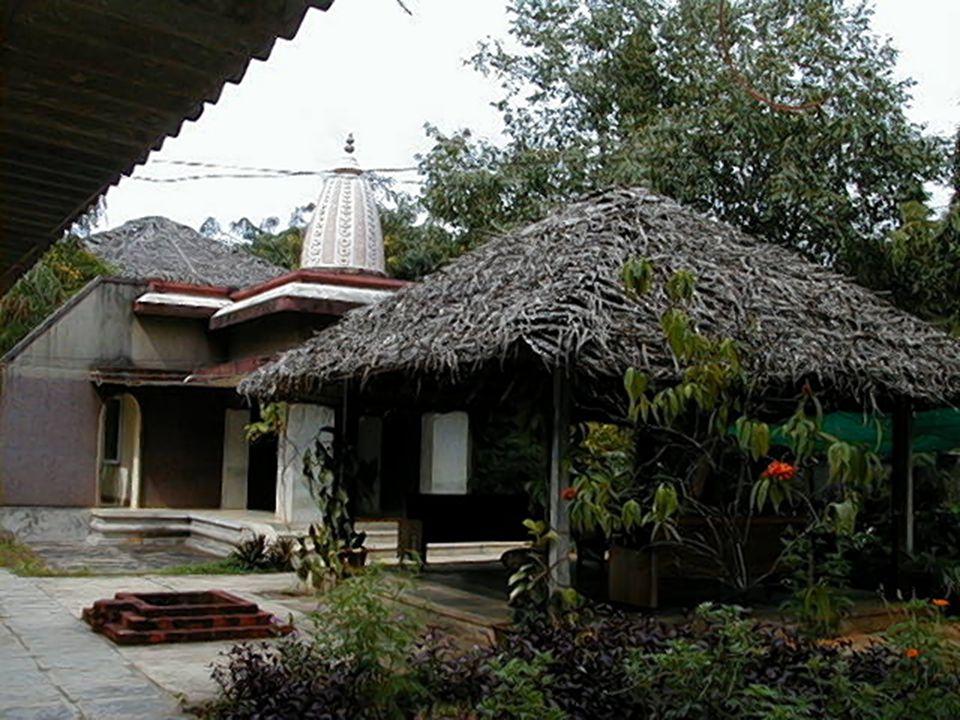 Hatha Pradipika 2  Az elmeműködésnek 2 kiváltó oka van – a vászanák és a lélegzet.
