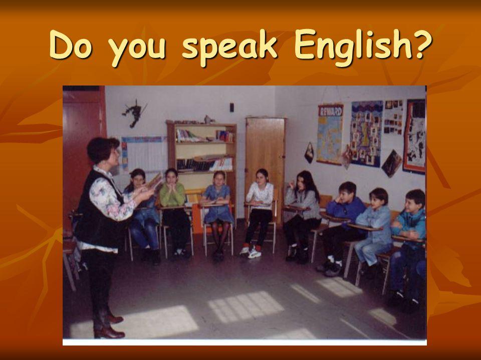 1.a osztály 1.a osztály Matematika-sport orientáltságú, általános tantervű Matematika-sport orientáltságú, általános tantervű 1.b osztály 1.b osztály Angol nyelv és néptánc irányultságú, általános tantervű Angol nyelv és néptánc irányultságú, általános tantervű 1.c osztály 1.c osztály Sakk és sport orientáltságú, általános tantervű Sakk és sport orientáltságú, általános tantervű