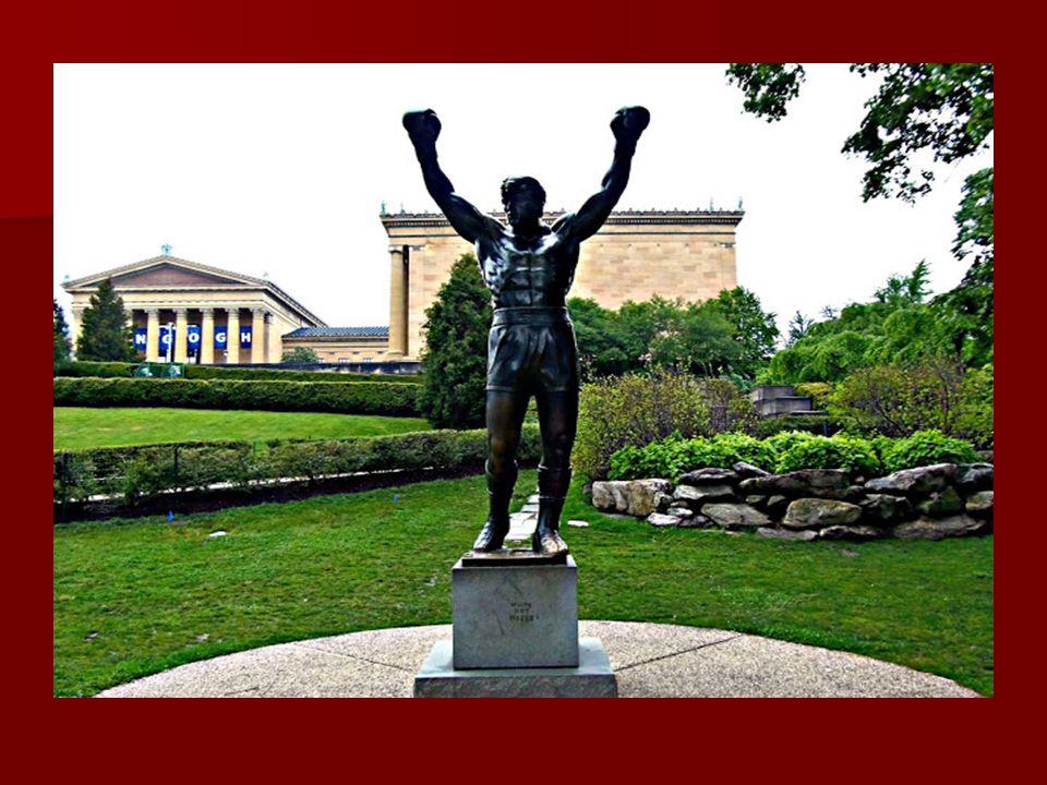 A 900 kilogramm súlyú szobrot a Philadelphia Szépművészeti Múzeum lépcsőjének tetején helyezték el, a film forgatásának idejére. A 900 kilogramm súlyú