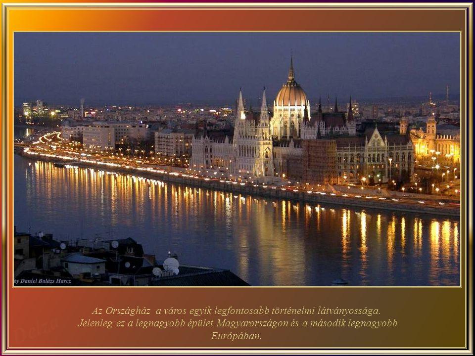 Vigadó a második legnagyobb koncertterem Budapesten, 1859-ban épült. Kétszer teljesen romos lett - utoljára a második világháború alatt - az újjáépíté