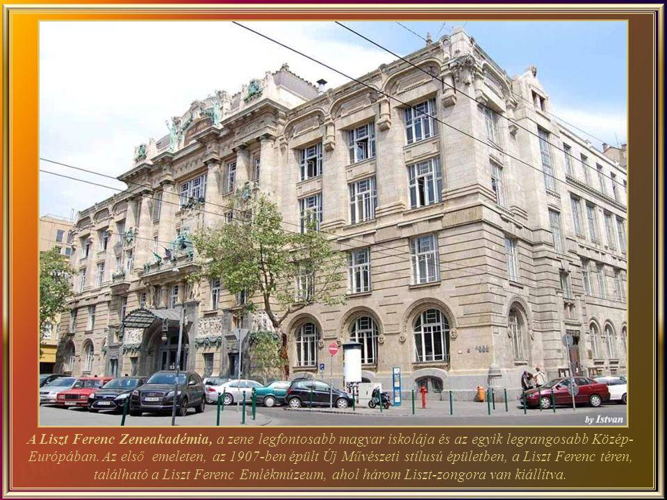 Liszt Ferenc - a nagy zeneszerző, magyar virtuóz zongorista és tanár. A tér a nevét viseli, valamint a Liszt Ferenc Zenem ű vészeti Egyetem is..