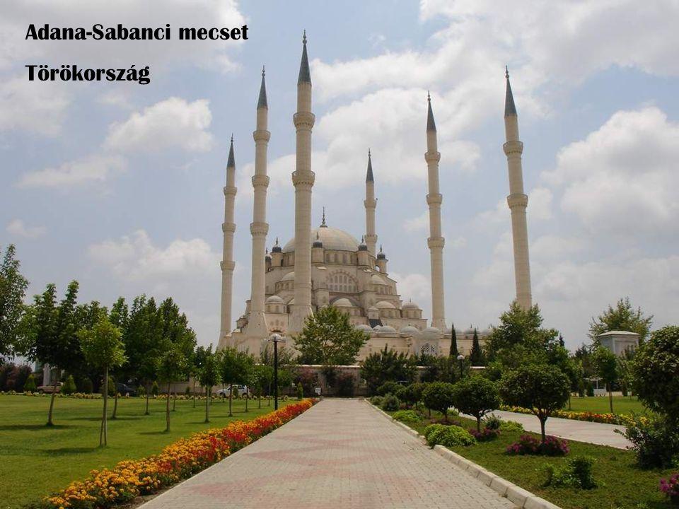 Adana-Sabanci mecset Törökország