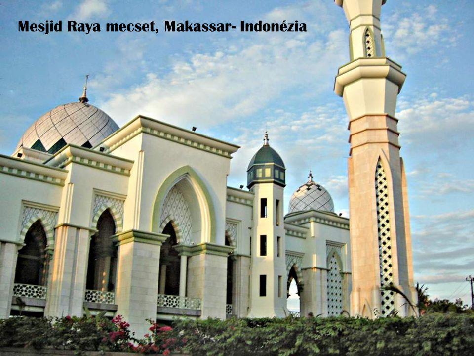 Mesjid Raya mecset, Makassar- Indonézia