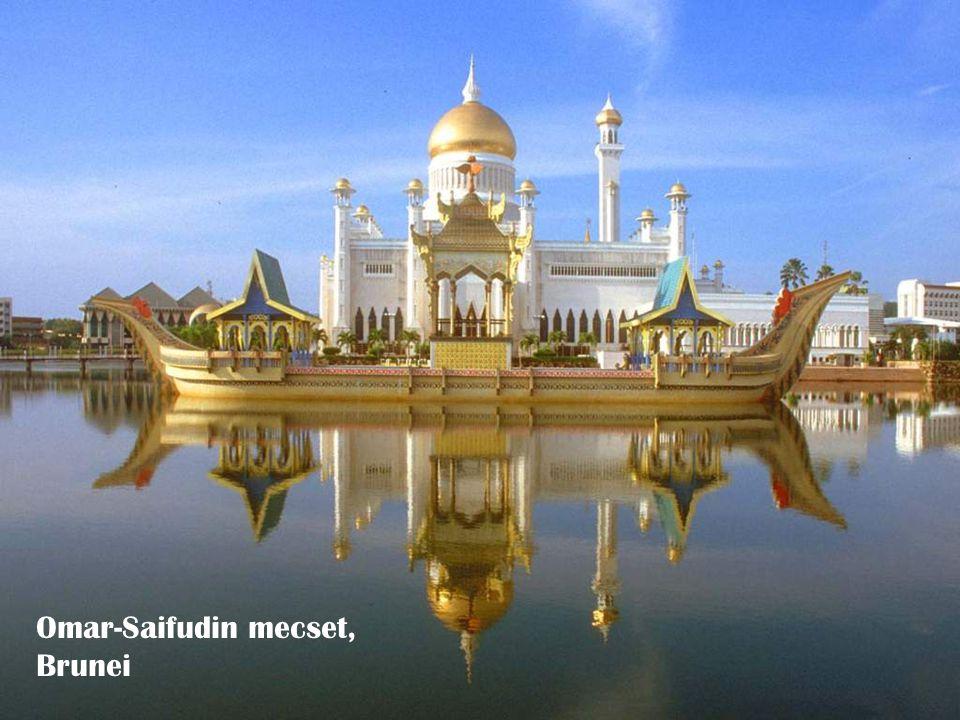 Omar-Saifudin mecset, Brunei