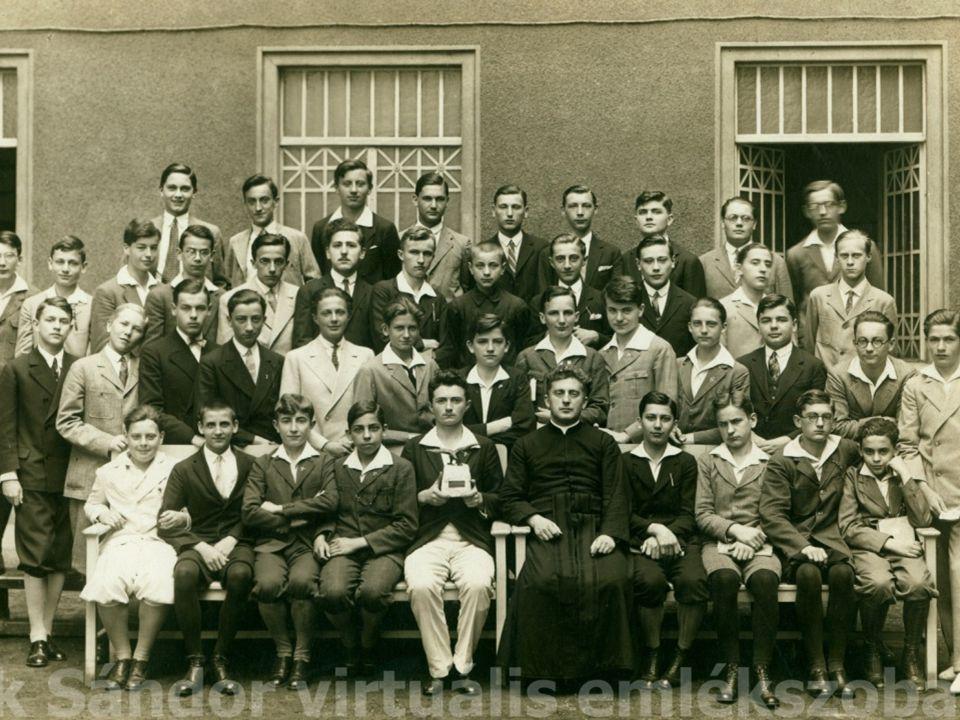 Az osztály szerepe az egyes diákok szocializációjában 1941 – Tanterv és utasítás a nyolcosztályos népiskola számára A másik nagy nevelő a népiskolai tanuló életében az osztály.