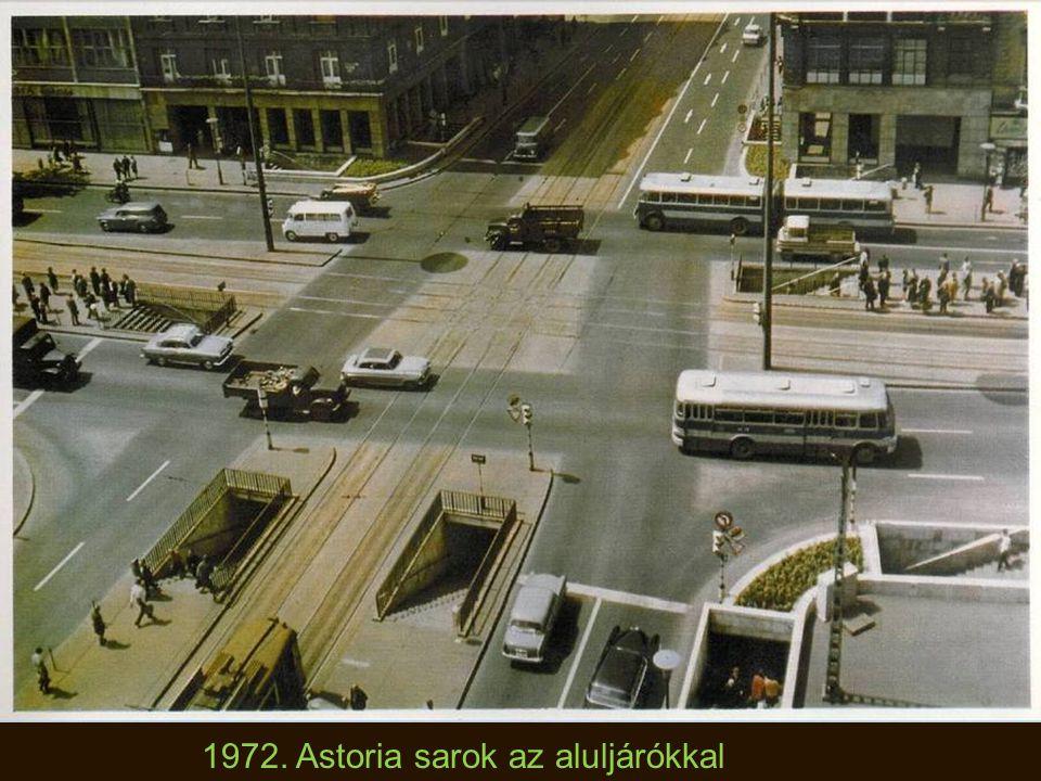 1970-es évek. Forgalomirányító rendőrnő Budapesten