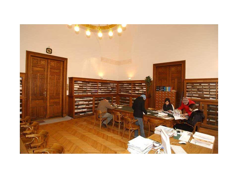 Átrium (Oltványi József) Negyedévenként, később) 2 havonta megjelenő folyóirat a magyar építész szakmabelieket, azon belül a tervezőket és az építészet iránt érdeklődő gazdagabb középkorosztályt (25-50 év) célozza meg.