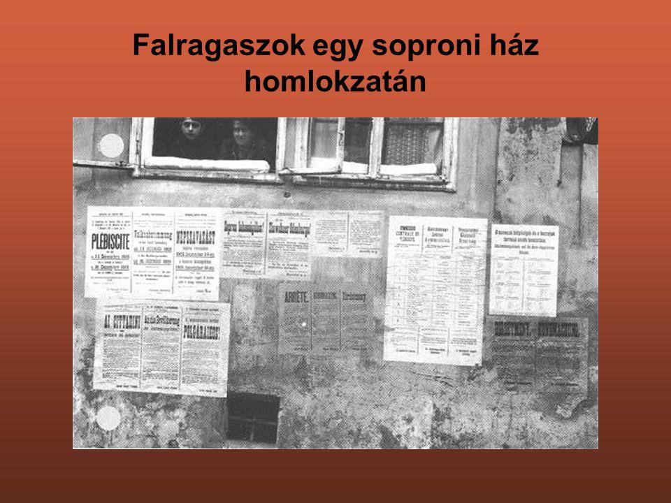 Falragaszok egy soproni ház homlokzatán