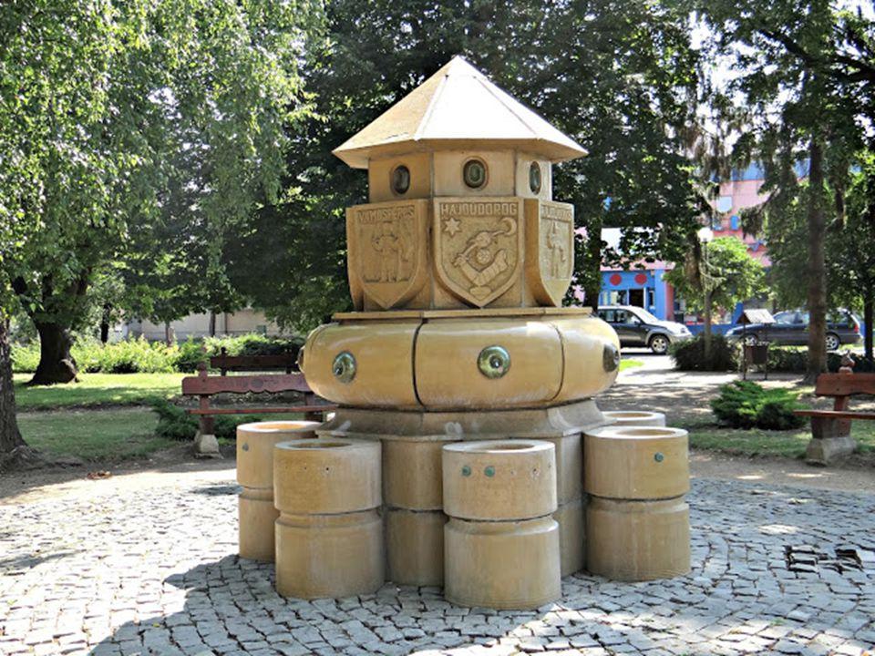 Hajdúdorog, a három részre szakadt Magyarországon sokáig a senki földjének számított, majd a tokaji váruradalomhoz csatolták.