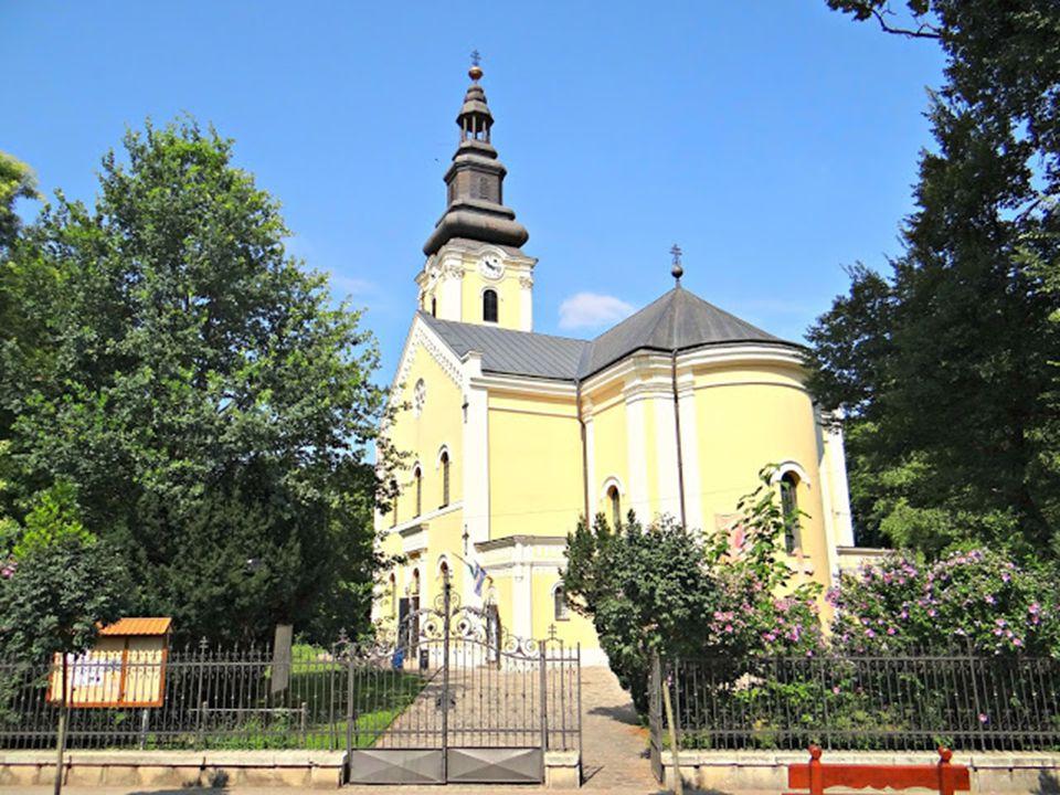 A háromhajós elrendezésű templomot X. Pius pápa 1912-ben emelte székesegyházi rangra.