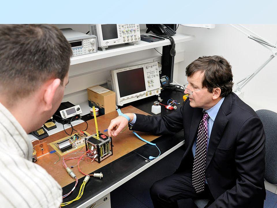 MaSat-1  Műszerek:  Akkumulátor és napelem fesz, áram, hőmérséklet figyelés  Mágneses orientáció  Kamera  Minden rendszer biztonsági tartalékkal (kiv.