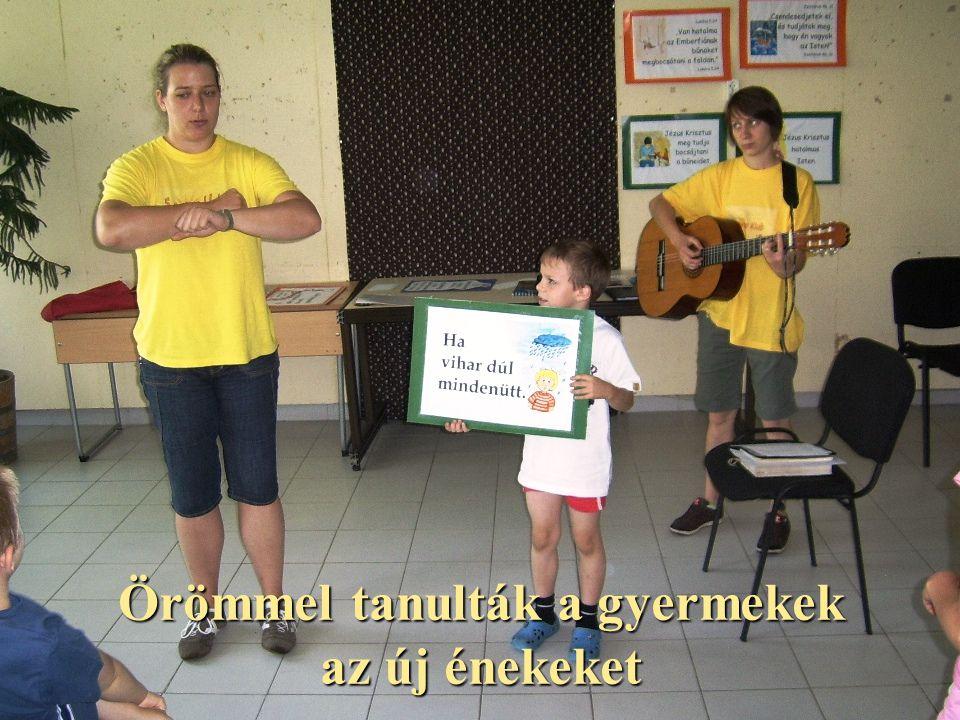Örömmel tanulták a gyermekek az új énekeket
