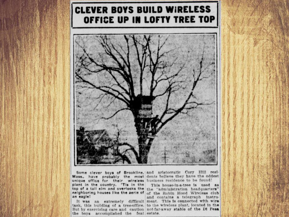 """Távíró Célja: Vezeték nélküli adattovábbítás nagyobb távolságra A Marconi féle """"szikratávíró további szabadságot adott az adatátvitelnek hiszen ezzel már mozgó állomásokon is ki lehetett alakítani."""