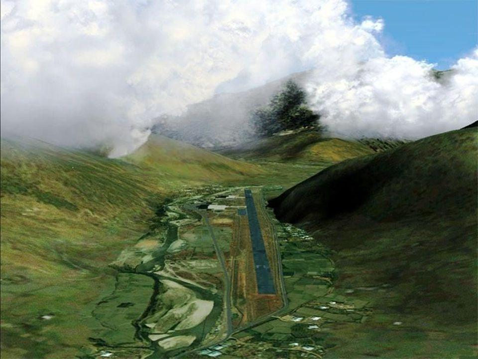 Az országba évente 5000 turistát engednek, nem akarnak úgy járni mint Nepál, ahol lassan több a hegymászó mint helyi lakos.