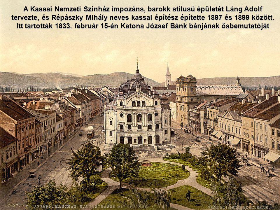 Kronstadt.Brassó látképe középen a Fekete templommal, mely nevét az 1689.