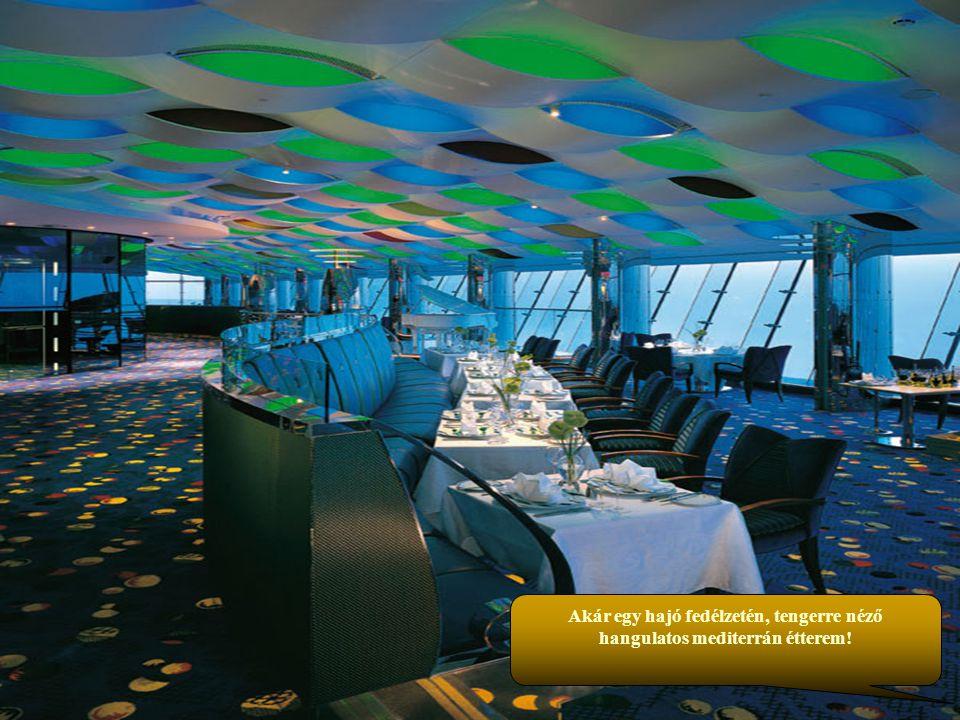 A tenger közepén, keleti színvilággal és hangulattal fürdőmedence áll a vendégek rendelkezésére.