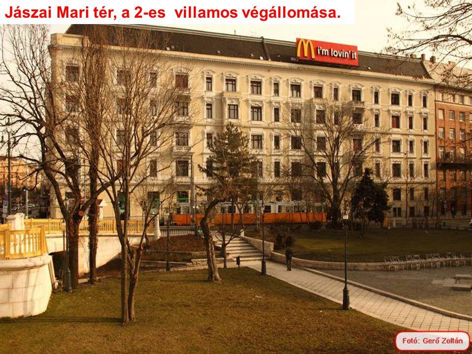 Duna korzó a Marriott Hotel és az Erzsébet híd között.