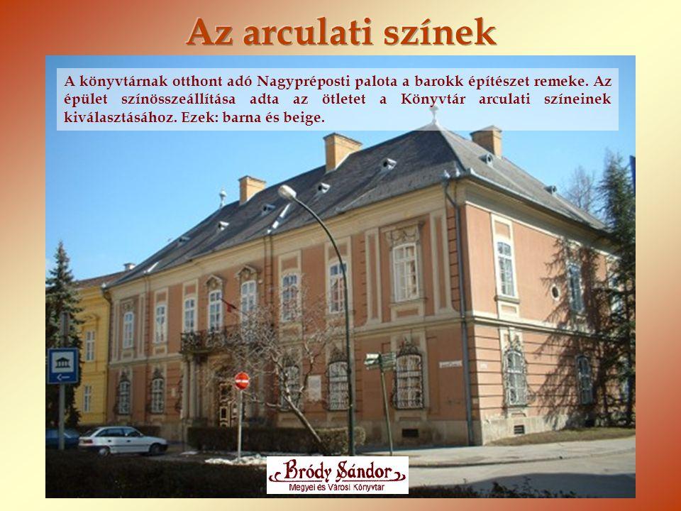 A könyvtárnak otthont adó Nagypréposti palota a barokk építészet remeke. Az épület színösszeállítása adta az ötletet a Könyvtár arculati színeinek kiv