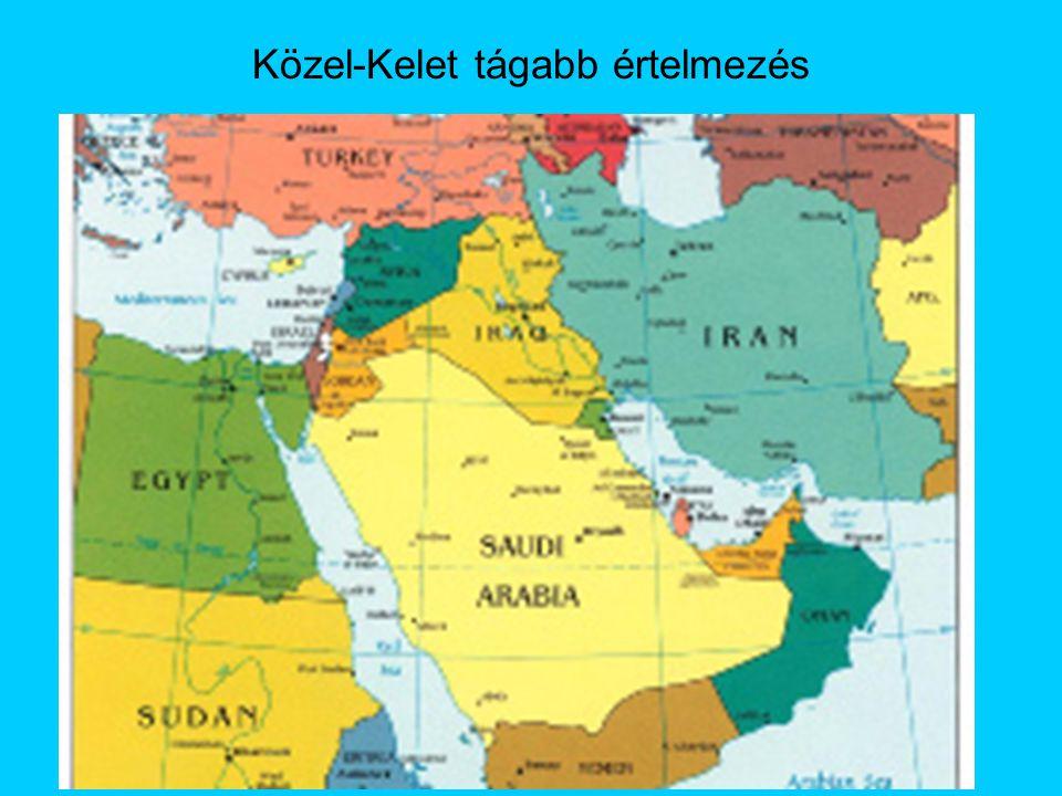 Napjainkban Husni Mubarak miniszterelnök (1981-2011) korlátozott demokrácia Muzulmán Testvérek (iszlám fundamentalista) háttérbe szorítása Terrorakciók a turizmus ellen 2011.
