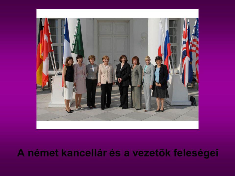 A német kancellár és a vezetők feleségei