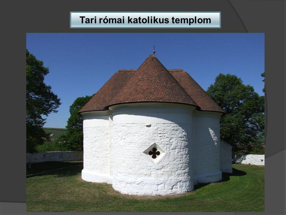Zabari római katolikus templom Késő román épület, melyet később gótikus stílusban átépítettek